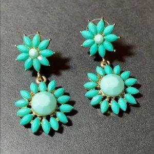 "Starburst Green & Gold Flower Pierced Earrings 2"""